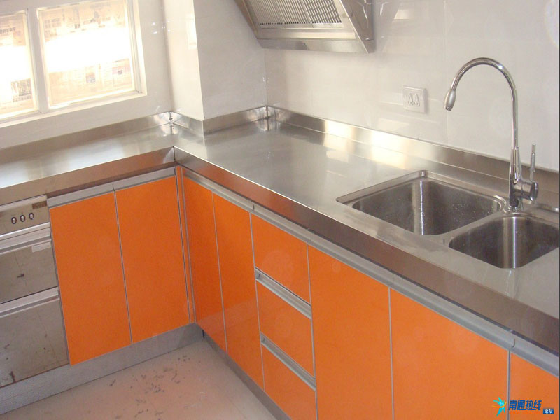 装修效果图 装修效果图   厨房达人乱入 请教厨房不锈钢灶台